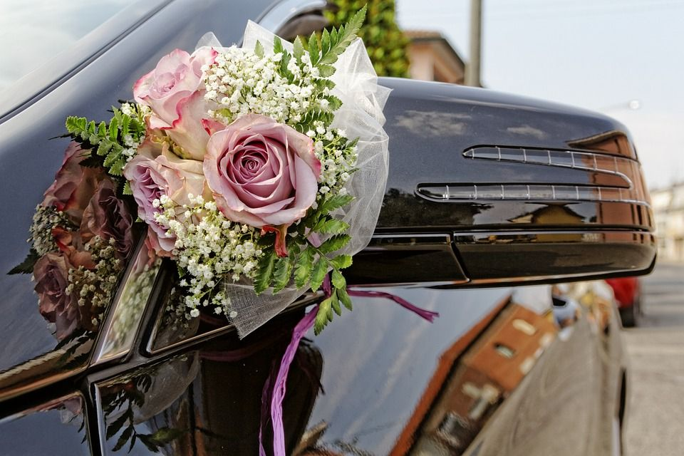 Make Your Wedding Extra Special With Wedding Car Hire