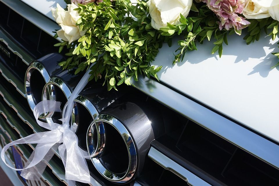 7 Tips On Wedding Car Hire For A Summer Wedding
